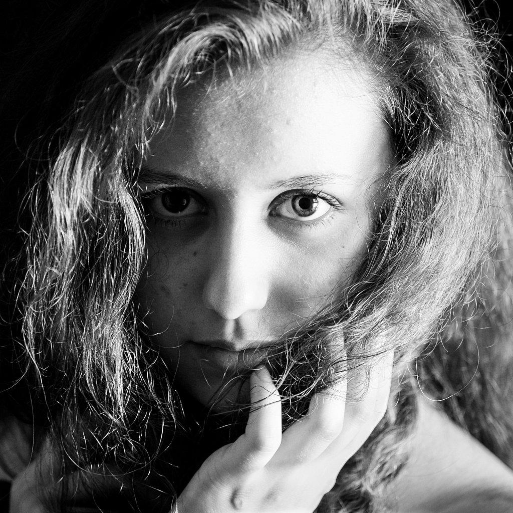 Portrait-carre-9-Ingrid.jpg